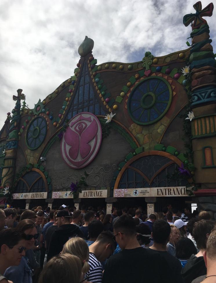 Eingang Tomorrowland 2
